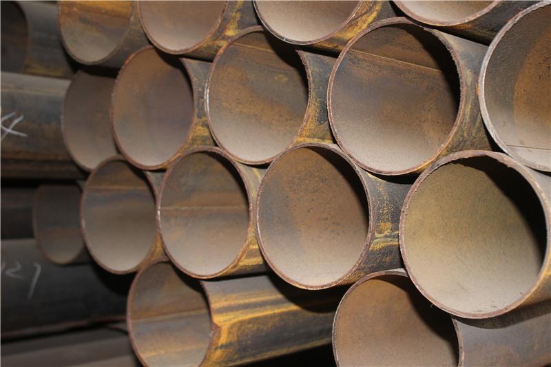 南川圆钢产生裂纹的原因分析