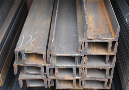 角钢可以根据不同的结构要求由各种受力构件组成