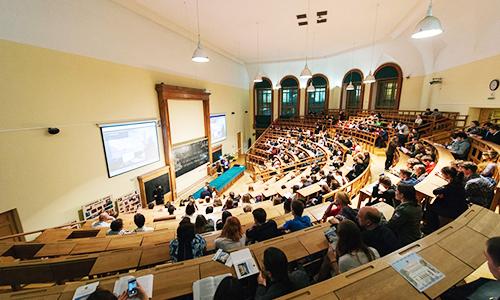 圣彼得堡国立设计工艺大学