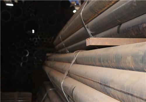 不锈钢无缝钢管与不锈钢焊管的比较