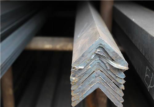 角钢的各种几何截面形状、尺寸和形状允许偏差