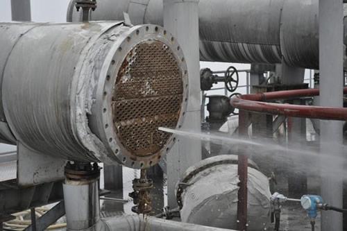 聚亚胺酯防腐漆在换热器内壁防腐中起到的作用