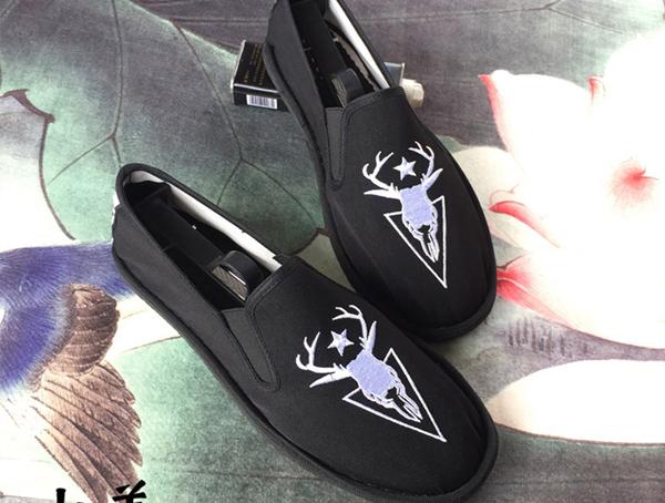 买布鞋之前,怎么确定自己的尺码?