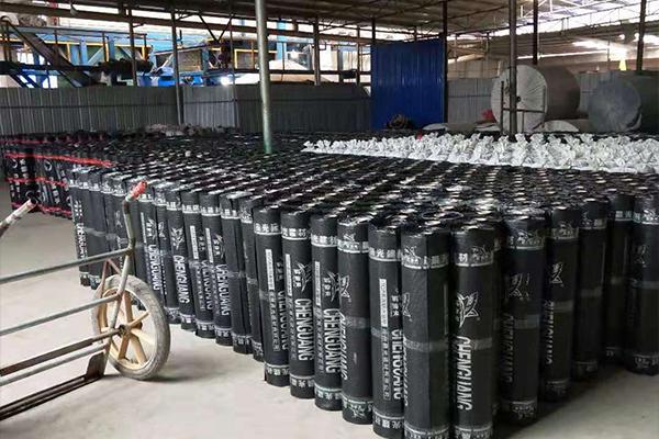 云南防水卷材厂家介绍沥青防水卷材怎样进行干粘法施工?