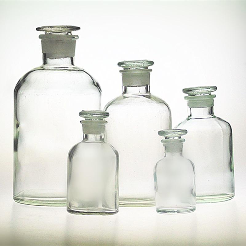 钾长石制作成品玻璃药瓶