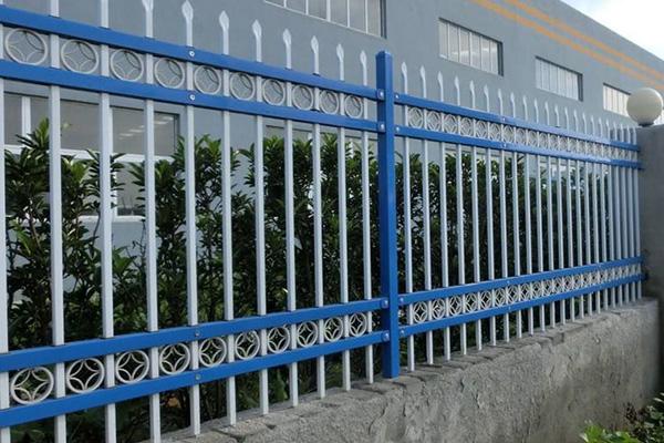道路护栏安装完成后的注意事项