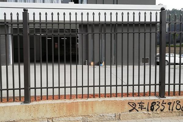 闽侯工业园锌钢护栏