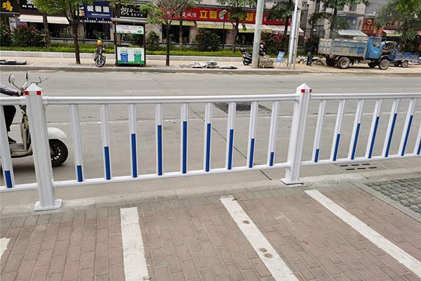闽侯滨城大道道路护栏