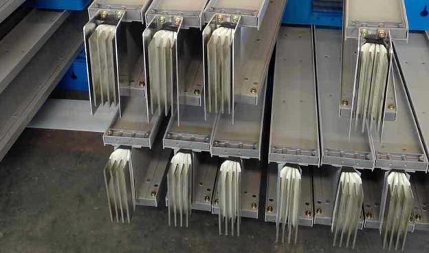 选择昆明低压母线槽时应考虑哪些因素