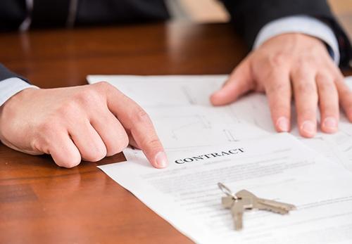 法院工作人员私下说:这三种法拍房不能买!