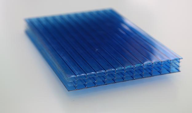 蓝色四层透明阳光板
