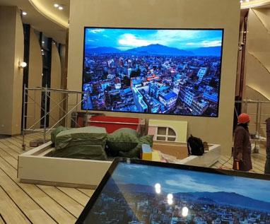 涪陵某售樓部 室內P2.0全彩顯示屏