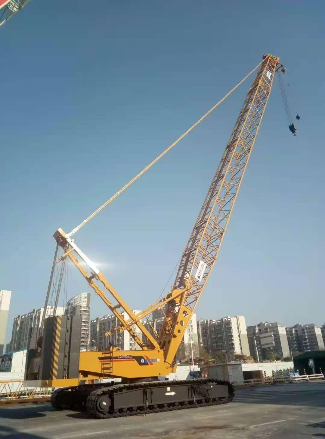 徐工200吨履带吊