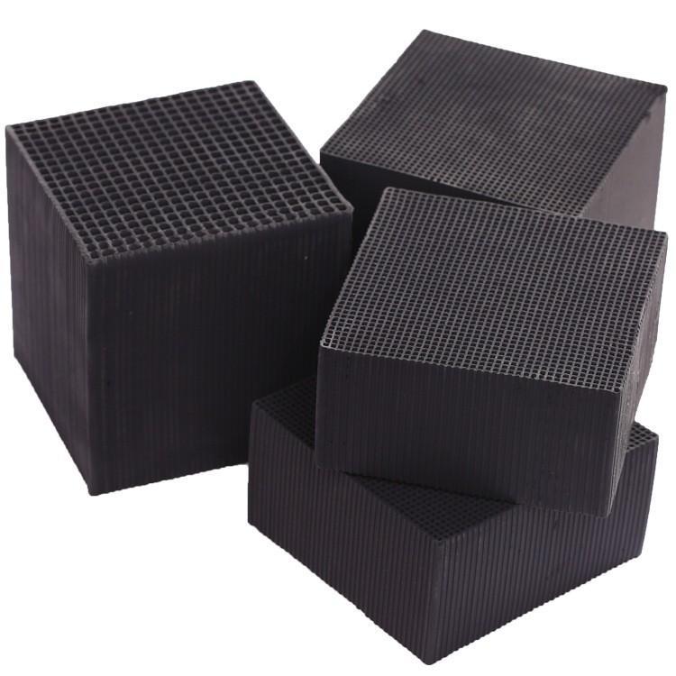 鉴别蜂窝活性炭的三个小技巧