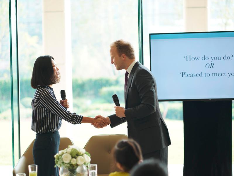 商务礼仪培训:你必须要注意的商务沟通禁忌!
