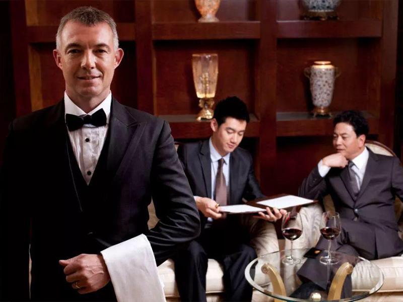 服务员必须学会的五种服务礼仪