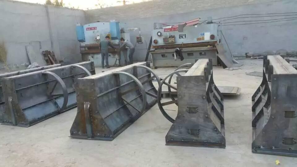 保定隔离墩钢模具