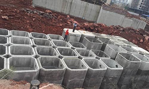 逸合两江未来城施工
