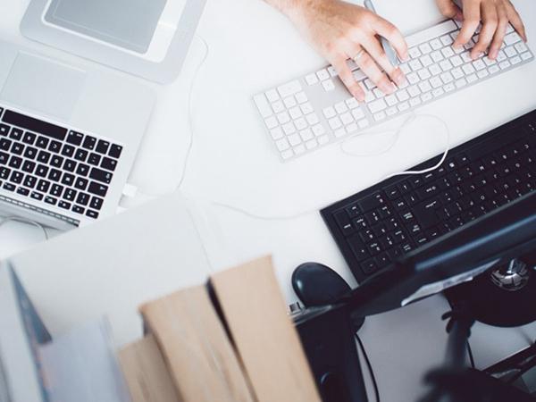 91获客营销中心:公司网站建设时应如何选择网站建设公司?需要注意什么?