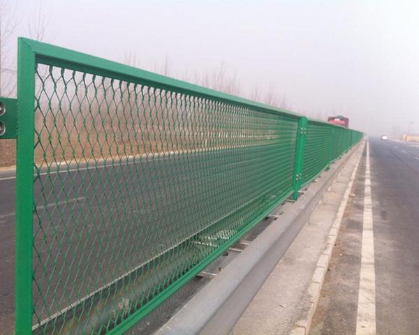 高速公路钢板网