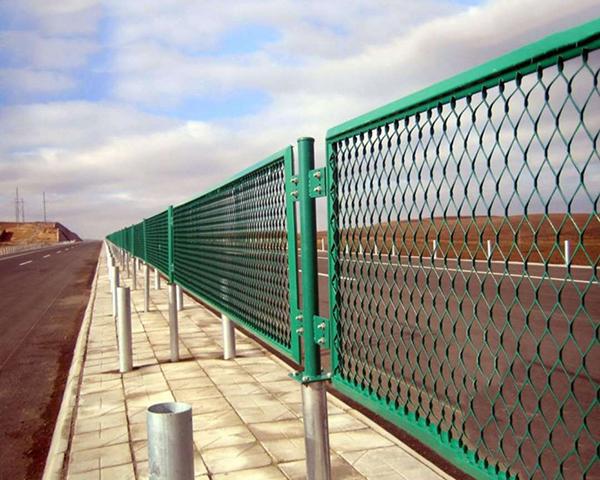 云南高速公路钢板网