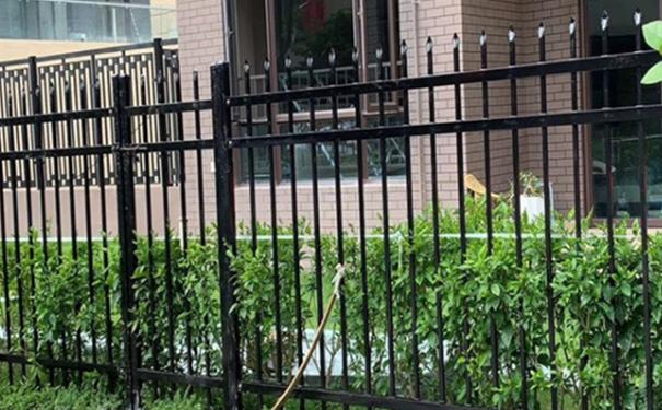 锌钢栏杆价格