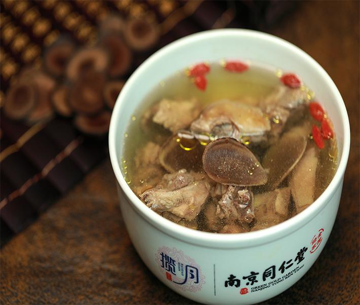 福州营养月子餐:产妇坐月子能喝奶茶吗?