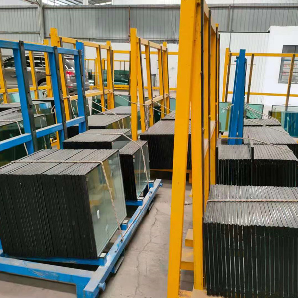 钢化玻璃生产厂