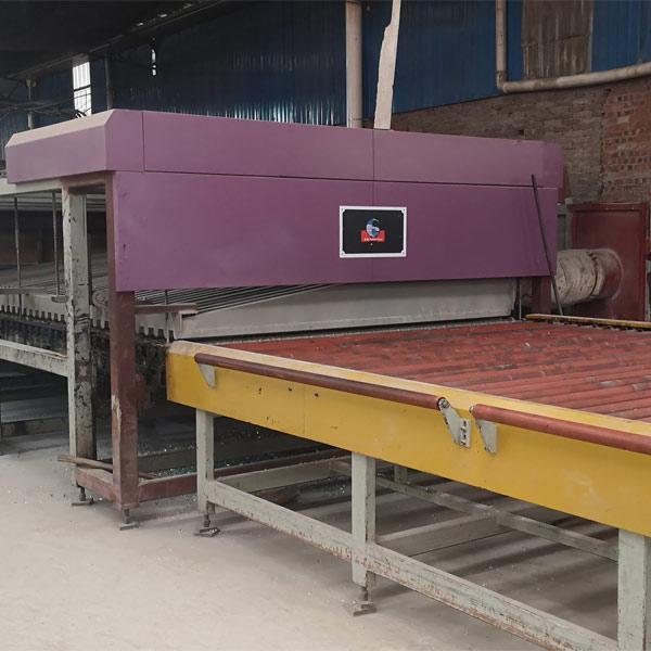钢化炉生产线