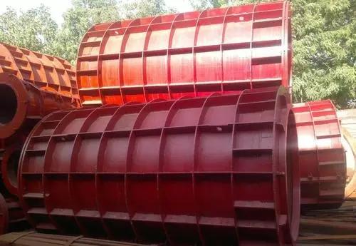 水泥制管机需要哪些设备才能顺利投产