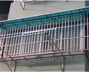 低层不锈钢护窗