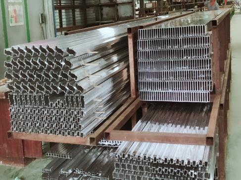 2021年鋁型材市場發展前景淺析