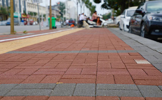 人行道透水砖铺装案例展示