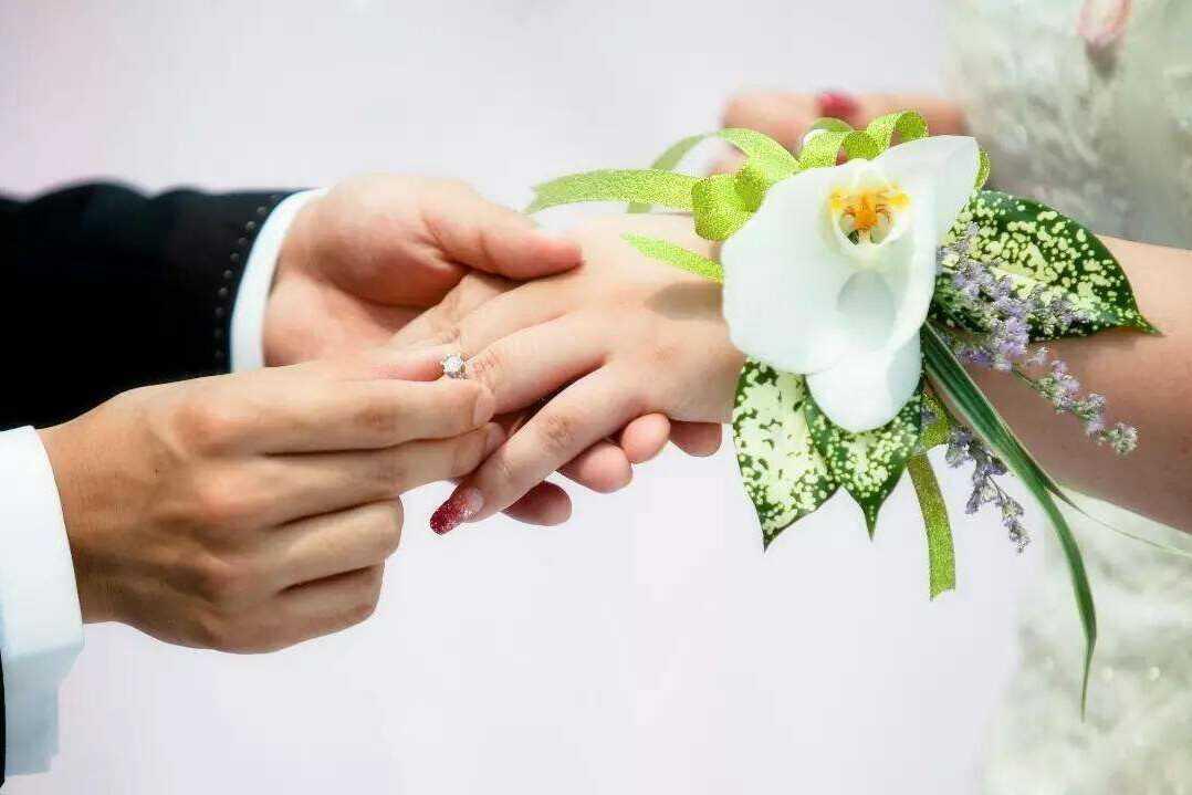 夫妻一方受让股权产生的债务,配偶需要承担清偿责任吗?