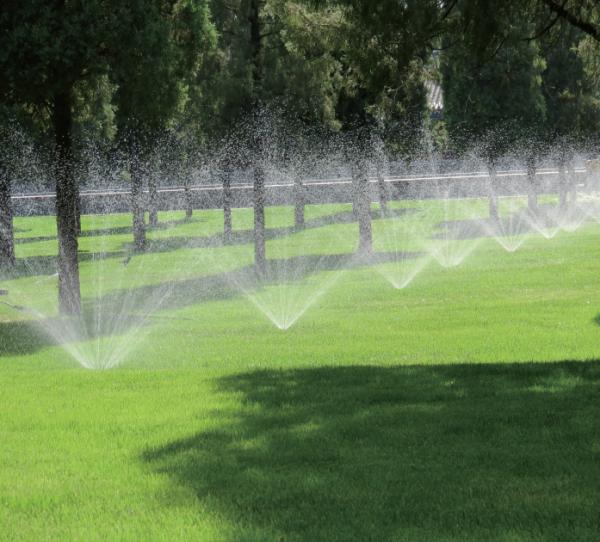 成都园林灌溉设备厂家介绍:园林灌溉公司怎么选择
