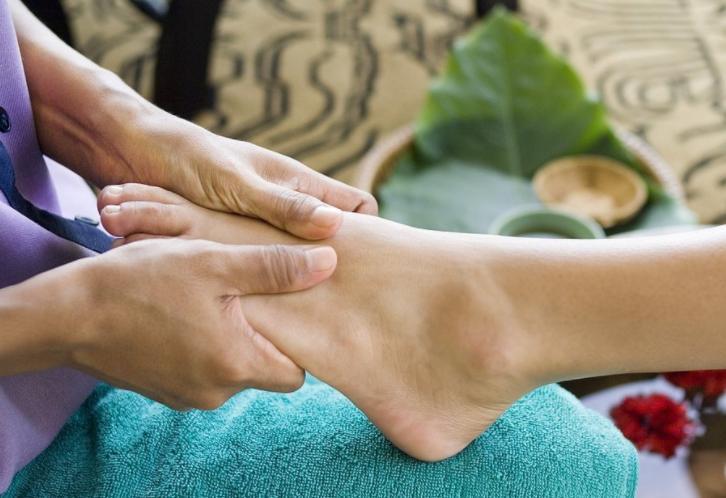 长沙修脚培训中心分析出现脚垫原因以及如何修复