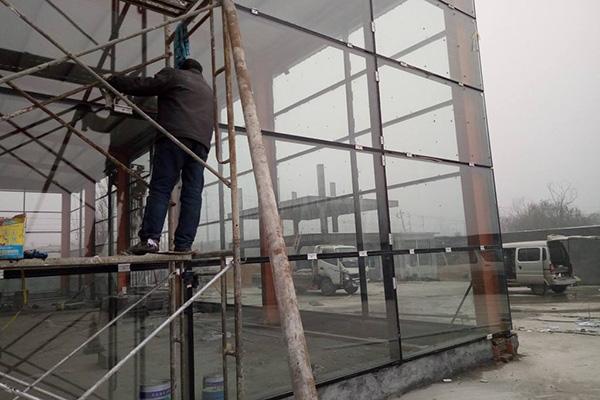 玻璃安装施工