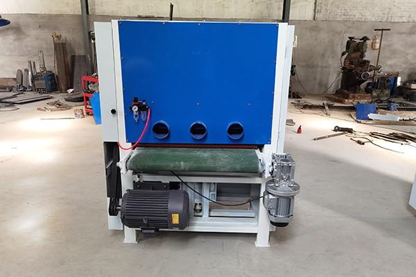 不锈钢砂光机主要是用于金属的表面处理