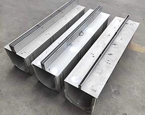 中缝式不锈钢沟线槽盖板