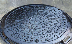 球墨铸铁井盖主要应用于市政道路工程和各个公共场所