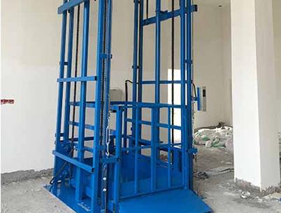 电动液压货梯