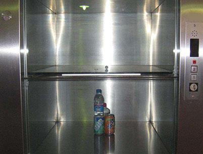 餐厅杂物电梯
