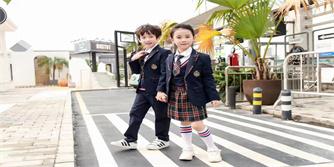 怎么为孩子选择合适的幼儿园园服款式?