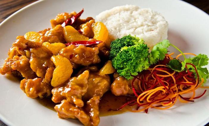 太原特色小吃培训机构浅谈加盟餐饮业有什么优势