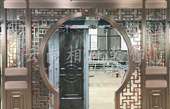 铜装饰隔断门效果