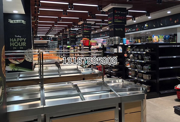 日用品超市货架