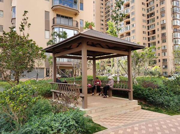 生活区塑木凉亭