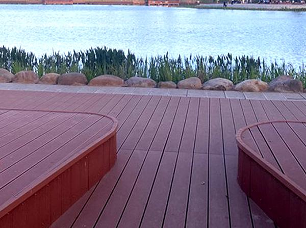 怎么做才能选到好的塑木地板?