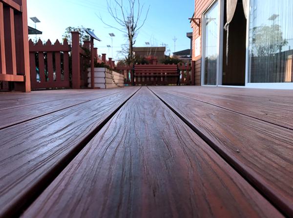 露台塑木地板