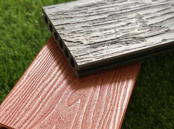 昆明木塑地板与传统防腐木有多大的区别?厂家来告诉你